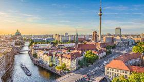 Опрос: европейцы уважают Германию и презирают Грецию