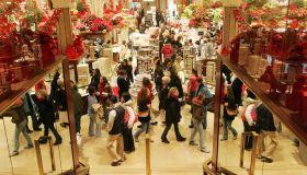 Где купить рождественские декорации в Праге. Елки, игрушки, венки