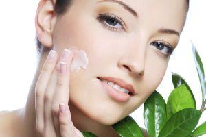 9 основных правил по уходу за кожей лица весной