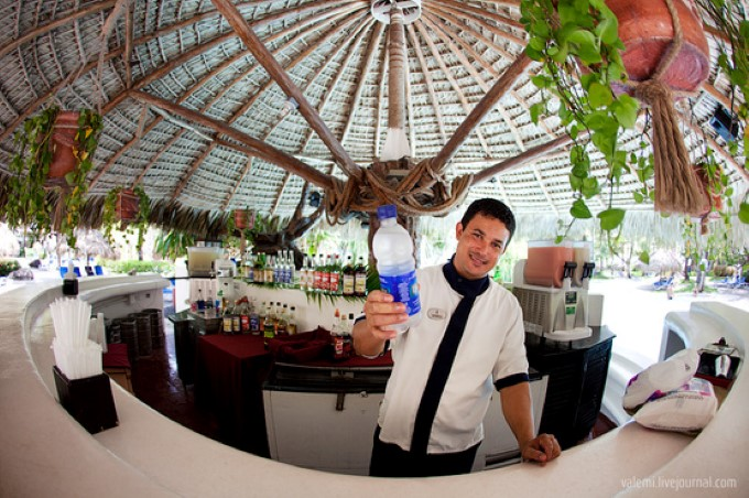 Отели Турции убирают алкоголь