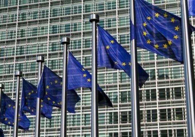 Швейцарцы проголосовали за ограничение миграции из ЕС