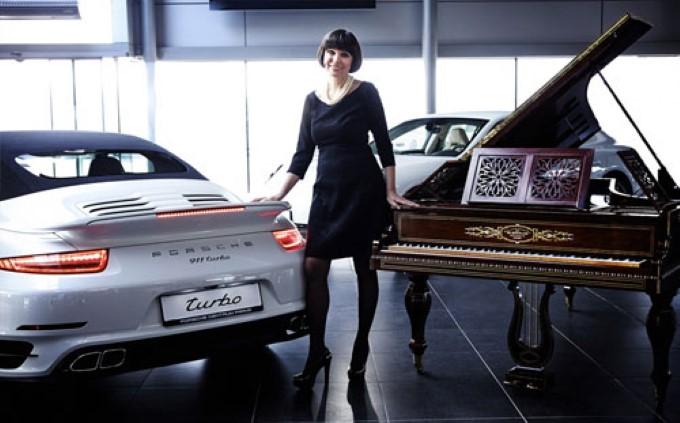 Роскошные рояли наравне с автомобилями Porsche