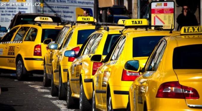 2/3 всех таксистов Чехии работают в Праге