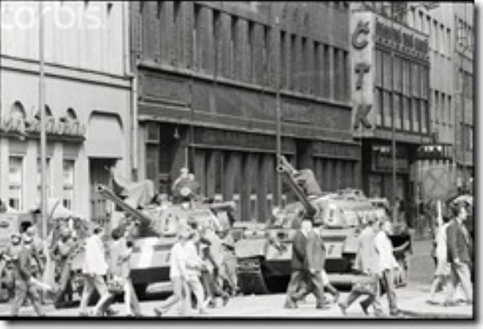 45 лет назад советские танки вошли в Прагу
